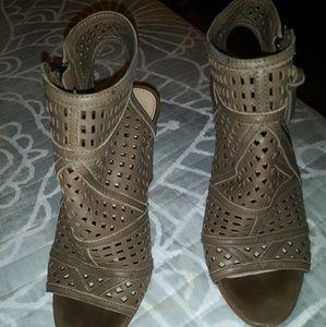 Open toe wedge sandal